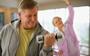 فواید ورزش و فعالیت بدنی برای افراد مسن و سالمندان