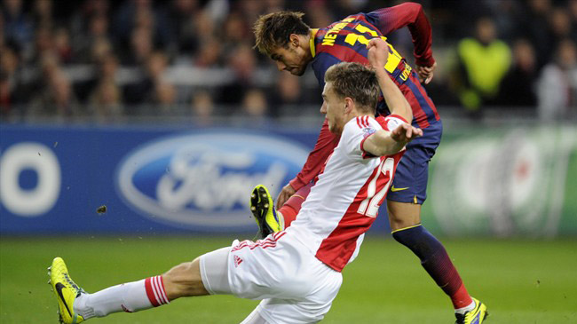 آژاکس ۲-۱ بارسلونا؛ اولین شکست تاتا با بارسلونا