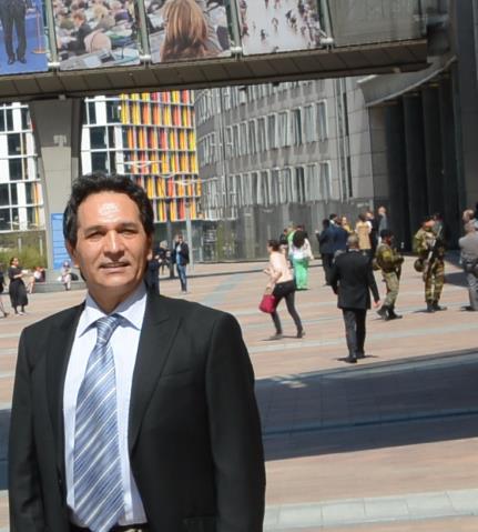 سناتور فرانسوی: سازمان مجاهدین یک فریب بزرگ است