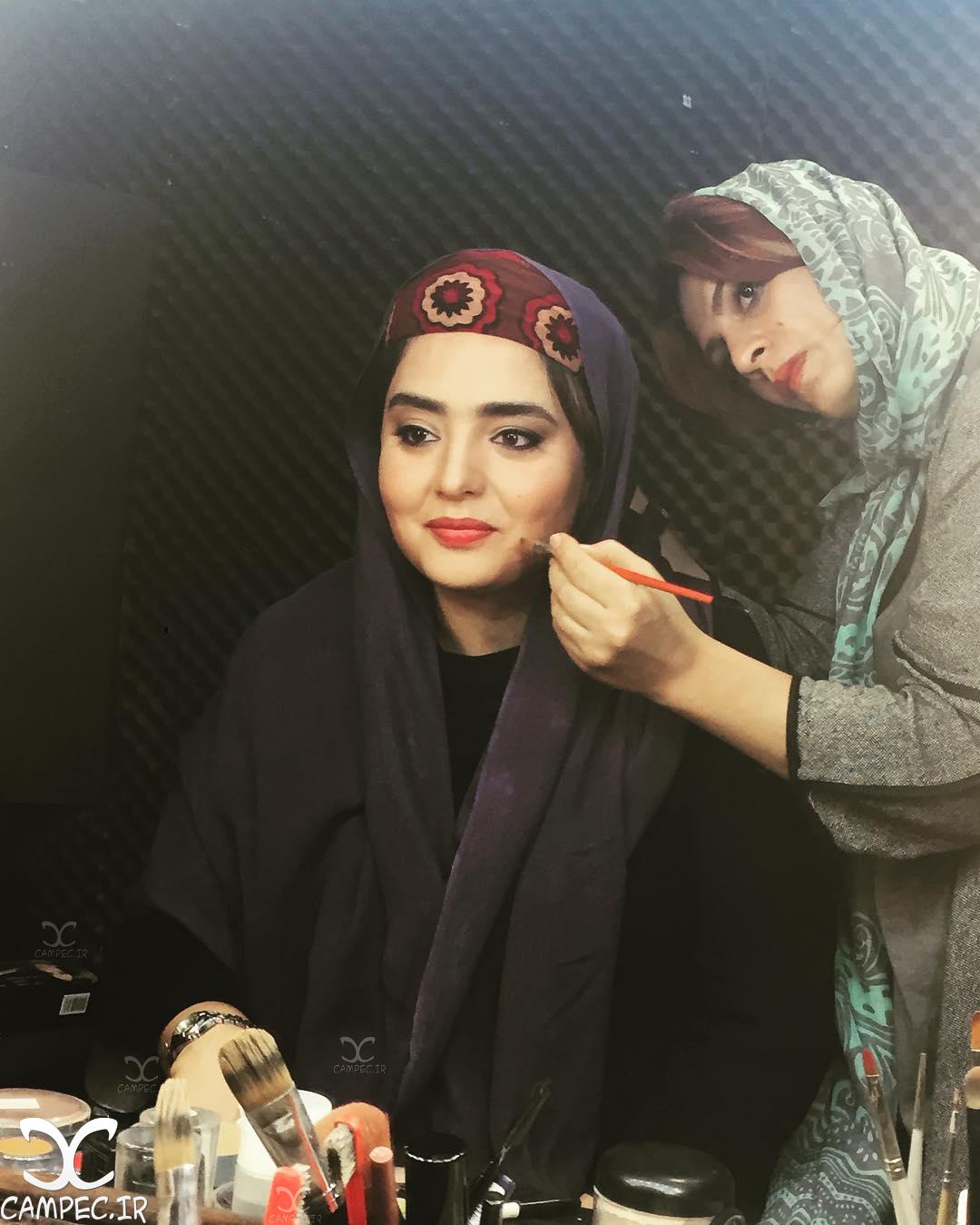 نرگس محمدی در اتاق گریم فیلم نیمکت