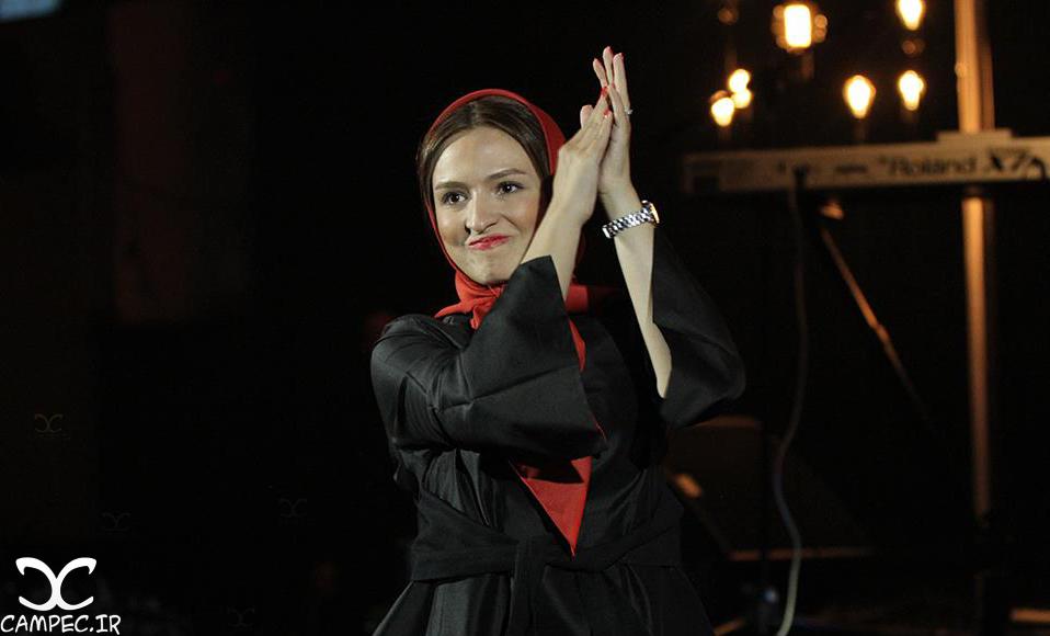 گلاره عباسی در کنسرت محمد علیزاده