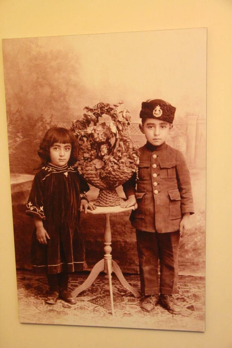عکسی قدیمی و زیبا از جمشید مشایخی