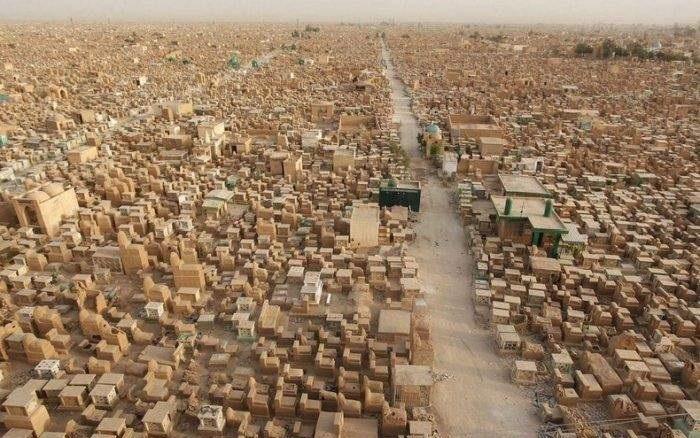 بزرگترین قبرستان جهان