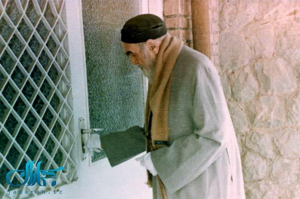 ماجرای جالب کنار گذاشتن سیگار توسط امام خمینی(ره)