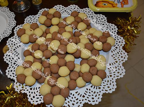 شیرینی زنبوری کره بادام زمینی مناسب تولد تم زنبور آموزش شیرنی گل پاپاتیا