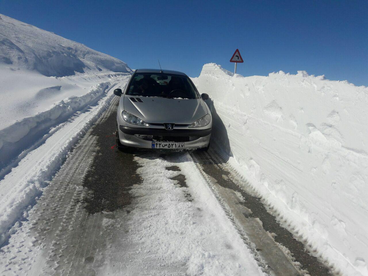 برف در پیچ های روستای سهند علیا