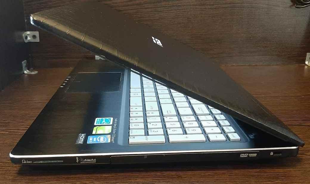 لپ تاپ استوک ایسوس مدل ASUS Q550LF با مشخصات i7-4gen-8GB-500GB-HDD-2GB-Nvidia-GT-745M-DDR3-128-bit