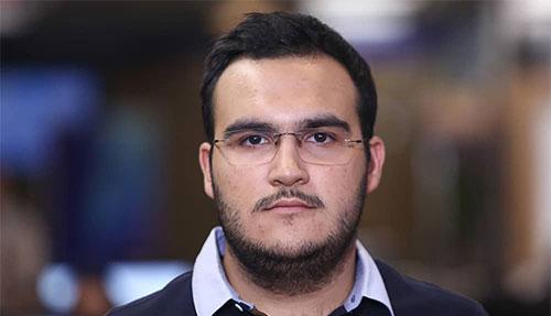 مصاحبه با رتبه 1 کنکور تجربی 98 - ایزدمهر احمدی نژاد