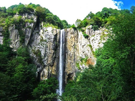 ثبت آبشار لاتون در فهرست آثار طبیعی ملی ایران